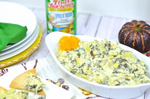 Slow Cooker Cajun Spinach and Artichoke Dip