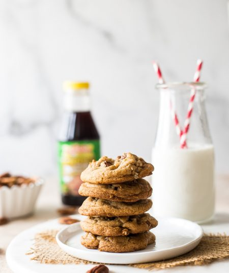 Brown Sugar Praline Cookies with Cinnamon Praline Glaze
