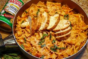 Cajun Chicken Pasta in a Spicy Garlic Tomato Sauce